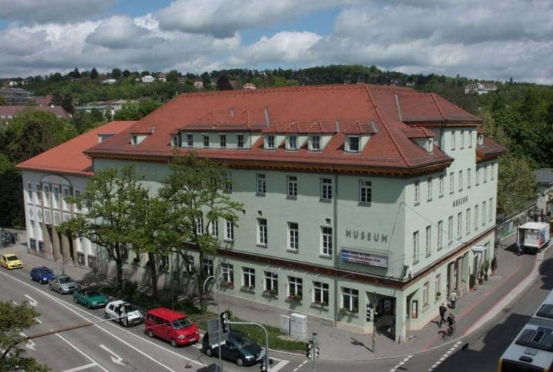 Museum Tübingen Wilhelmstr. 3 Salsakurs